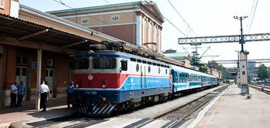 The role of the railway in regional development in Austro- Hungary and in the Hungarian-Croatian relations today, especially with regard to the availability of Rijeka